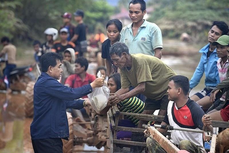 Hàng cứu trợ đã đến tay người dân từ tuần trước. Ảnh: REUTERS