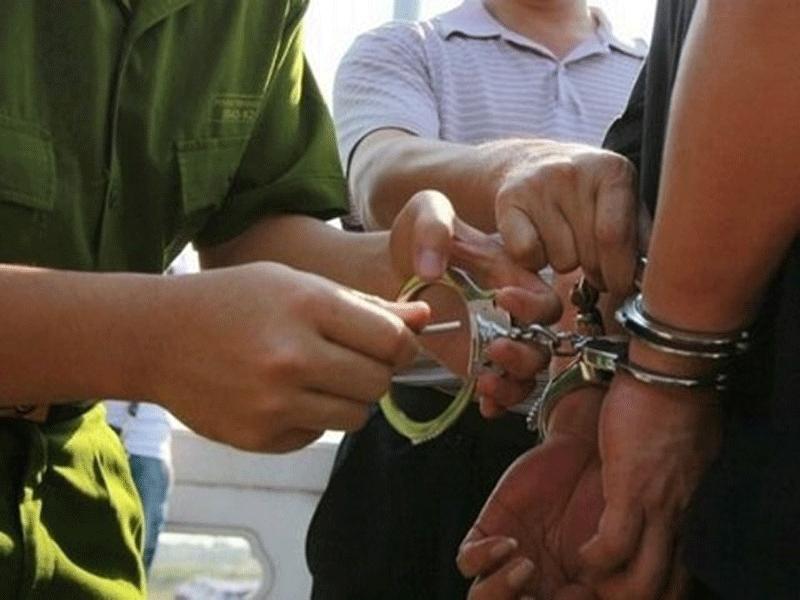 """Bắt giữ hai người tự xưng là nhà báo """"tống tiền"""" CSGT - ảnh 1"""