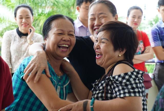 Niềm vui của những người bà khi cháu mình chắc 1 suất học tại trường mầm non công lập thuộc sự quản lý trực tiếp của Sở GD&ĐT Nghệ An