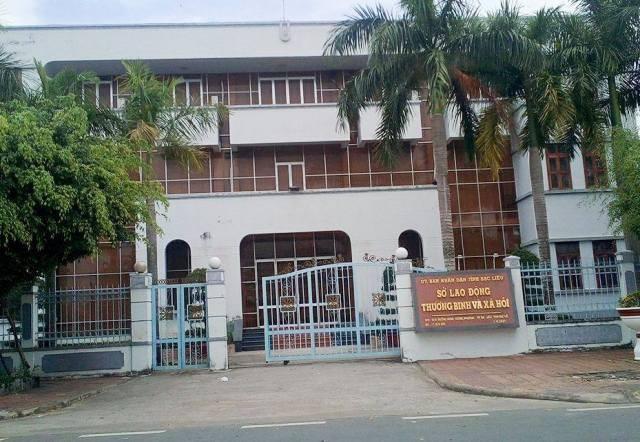 Sở Lao động - Thương binh và Xã hội tỉnh Bạc Liêu, nơi được giao quản lý Quỹ Vì người nghèo - an sinh xã hội tỉnh Bạc Liêu.