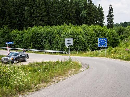 Biên giới giữa Ba Lan và Liathuania. Ảnh: Myfiveacres