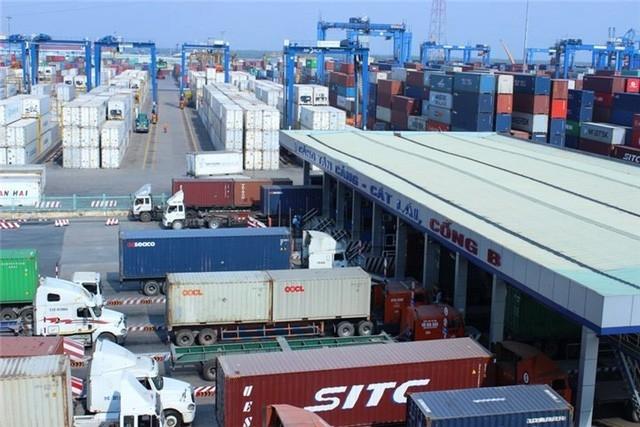 Hàng ngàn container phế liệu vô chủ đang là nỗi ám ảnh đối với lực lượng hải quan tại TPHCM.
