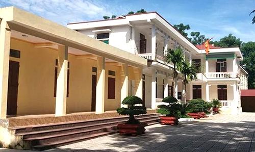 Phòng Giáo dục huyện Thường Xuân, nơi tổ chức kỳ thi tuyển viên chức gây nhiều phản ứng. Ảnh: Lê Hoàng.