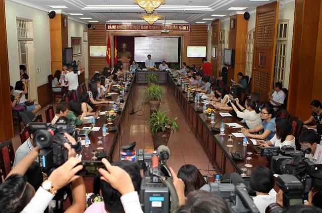 Toàn cảnh buổi họp báo về LHP Quốc tế Hà Nội lần thứ V diễn ra chiều 23/8. Ảnh: Tùng Long.