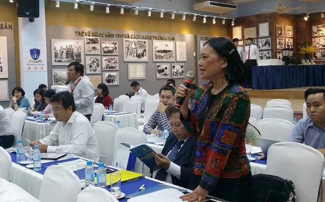 """TS Phạm Thị Ly, dự thảo Luật Giáo dục ĐH hiện nay đã """"mở"""" ra nhiều nhưng vẫn còn 2 điểm chưa được giải quyết chính là sở hữu và minh bạch thông tin."""