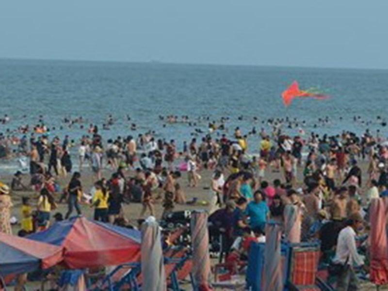 30 trẻ bị lạc khi đi biển Vũng Tàu trong 2 ngày nghỉ lễ - ảnh 1
