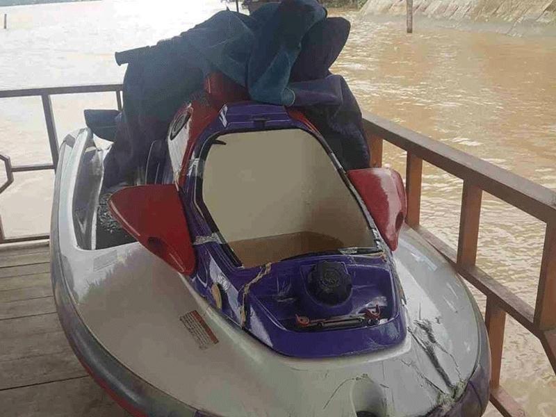 Du khách lái mô tô nước đâm vào tàu du lịch tử vong - ảnh 1