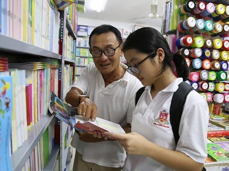 Bộ Giáo dục hướng dẫn cách 'chữa cháy' lãng phí sách giáo khoa - ảnh 1