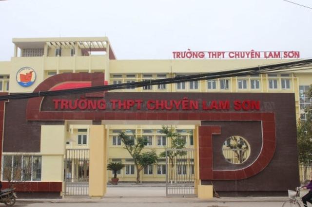 Cho đến nay, việc tuyển dụng giáo viên của Trường THPT chuyên Lam Sơn vẫn dậm chân tại chỗ vì Giám đốc Sở GD&ĐT không phê duyệt.