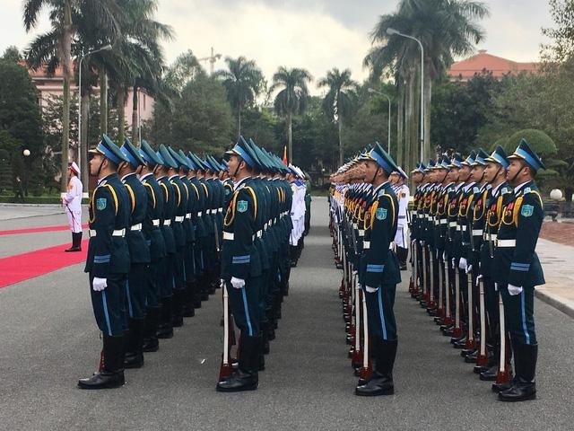 Đội nghi lễ quốc phòng chào đón Bộ trưởng Quốc phòng Mỹ Jemas Mattis
