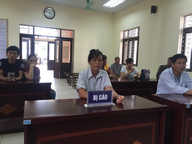 Bị cáo Đào Thị Lương tại phiên toà ngày 29/5/2018 (Ảnh: Nguyễn Trường).