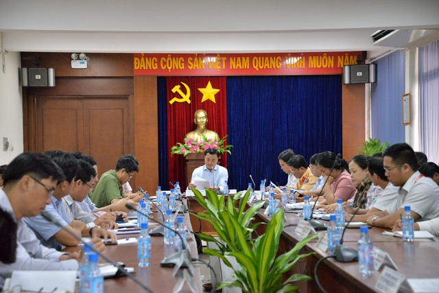 Tăng cường chống ùn tắc sân bay Tân Sơn Nhất trong dịp Tết Nguyên đán - Ảnh 1.