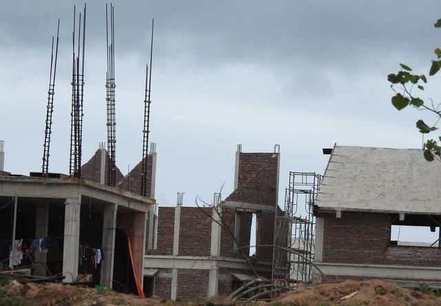 Chủ tịch quận phải chịu trách nhiệm nếu để vi phạm xây dựng - Ảnh 2.