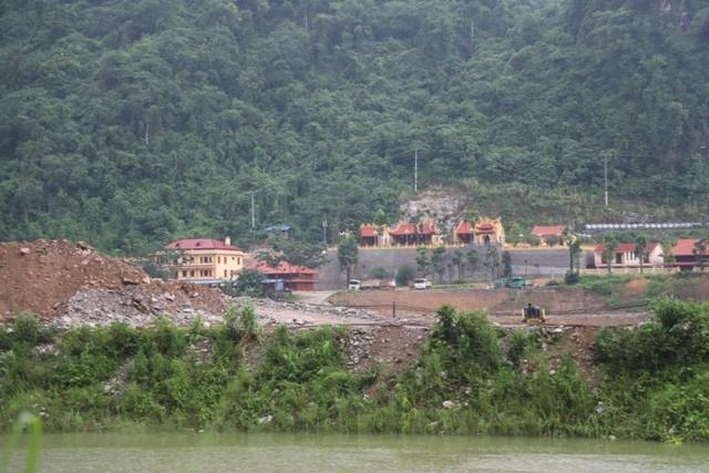 Rừng đặc dụng Thần Sa, huyện Võ Nhai, Thái Nguyên đang bị xâm hại để khai thác vàng.