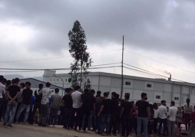 Sau 4 ngày ngừng việc tập thể, các công nhân Công ty TNHH Ny Hoa Việt đã trở lại làm việc.