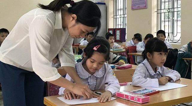 Rất nhiều quy định cần rà soát lại, những gì không phù hợp, gây áp lực cho giáo viên sẽ cắt bỏ.