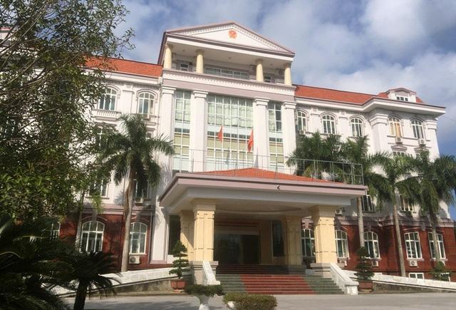 Ban quản lý Khu kinh tế Nghi Sơn và Các khu công nghiệp Thanh Hóa tiền hậu bất nhất.