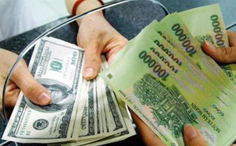 Từ vụ đổi 100 USD bị phạt 90 triệu, NHNN sẽ sửa mức xử phạt - ảnh 1