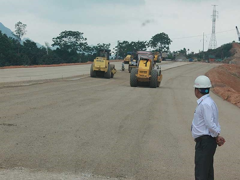 Gần 16.000 km quốc lộ quá hạn sửa chữa do thiếu vốn - ảnh 1