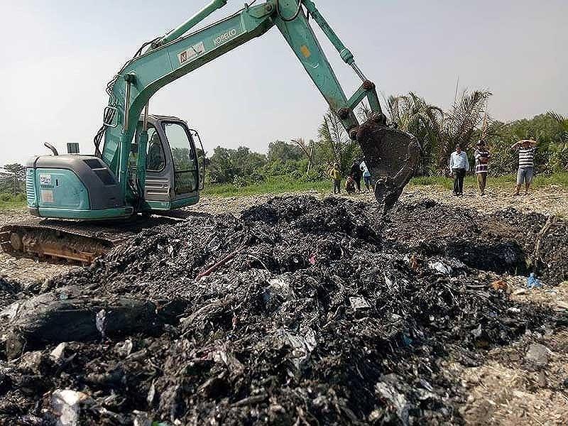 Thông tin mới vụ chôn rác thải ở Bình Chánh - ảnh 1