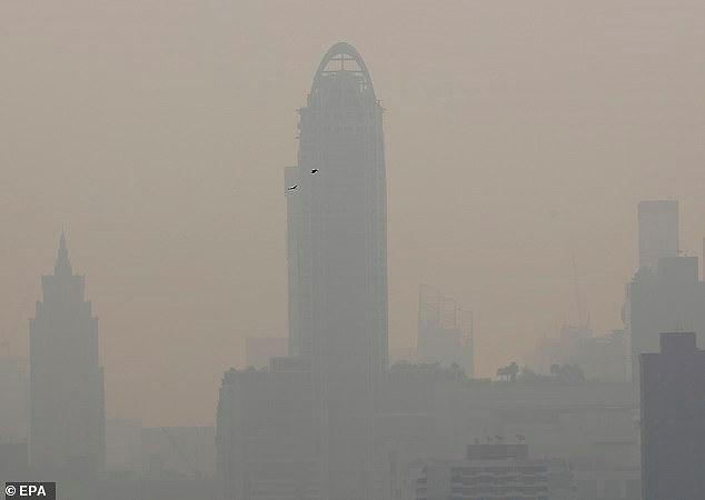 Bangkok ô nhiễm không khí nghiêm trọng, người dân ho ra máu - ảnh 2