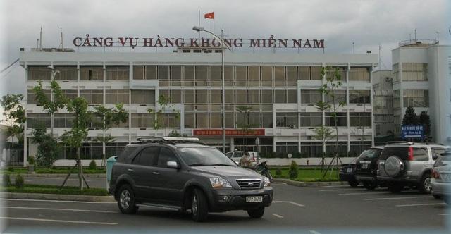 Cảng vụ hàng không miền Nam cho Vietjet thuê trụ sở sai - Ảnh 1.