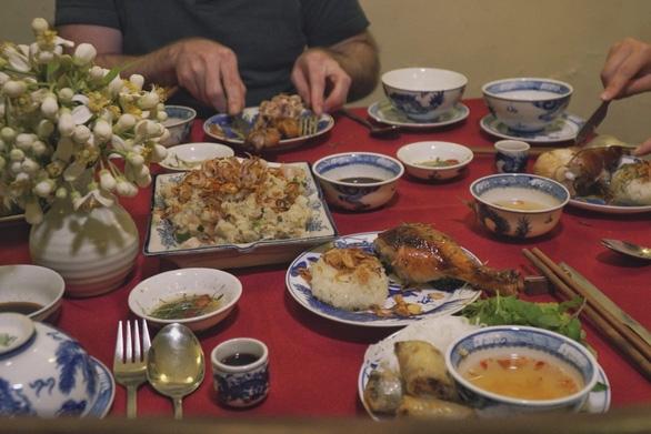 Báo chí quốc tế ấn tượng với 'ngoại giao ẩm thực' của Việt Nam - Ảnh 1.