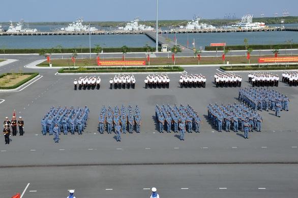Huấn luyện để bảo vệ vững chắc chủ quyền biển đảo - Ảnh 1.