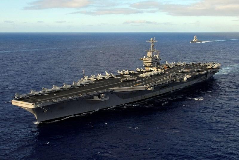 Tàu sân bay Mỹ bất ngờ xuất hiện ở Biển Đông - ảnh 1
