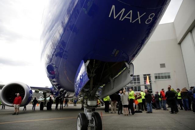 Mẫu máy bay 737 MAX 8 mới nhất của Boeing 4 tháng 2 tai nạn - Ảnh 2.
