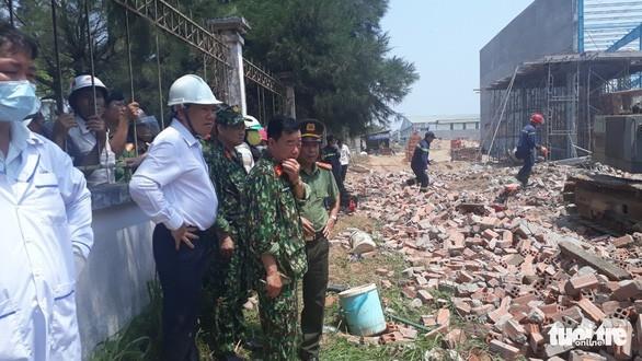 Bộ Xây dựng kiểm tra vụ sập tường làm 6 người thiệt mạng - Ảnh 1.