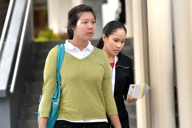 Phạt tù cặp vợ chồng Singapore bắt người giúp việc ăn đồ nôn ói - Ảnh 2.