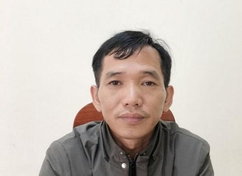 Tài xế Phú tại cơ quan công an. Ảnh: T.C