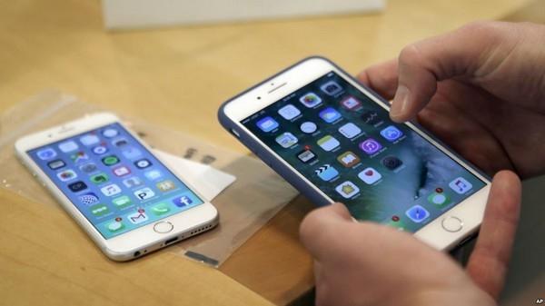 Apple tiếp tục gặp rắc rối với các cơ quan chức năng vì đã cố ý làm chậm đi các phiên bản iPhone cũ