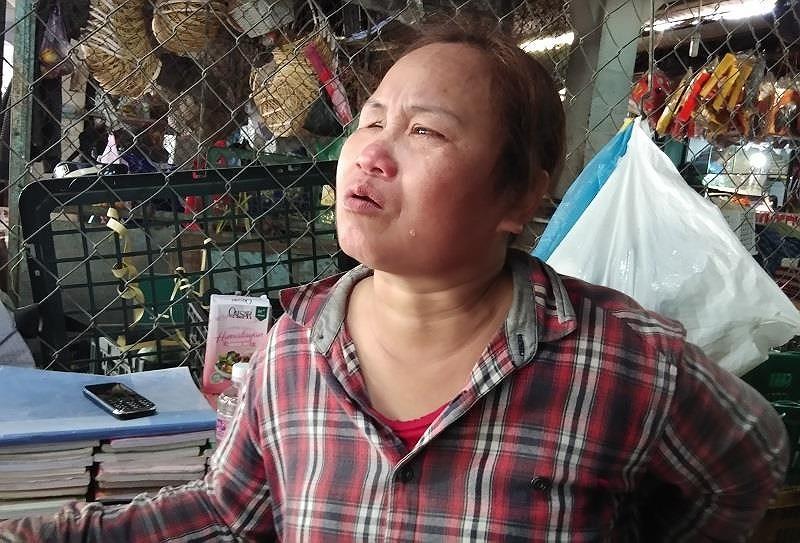 Người mẹ mù lòa khóc vì con trai đâm người vụ vượt đèn đỏ - ảnh 2