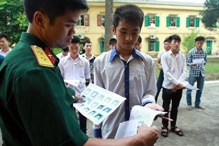 Trường quân đội buộc thôi học, trả 7 thí sinh về địa phương  - ảnh 1