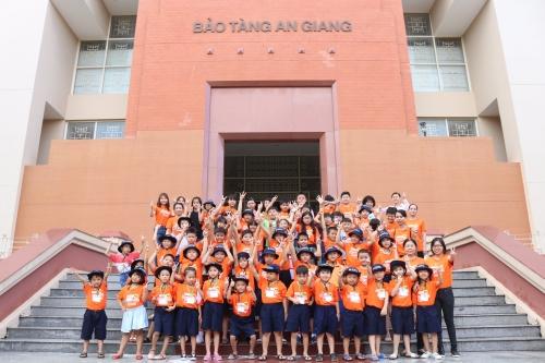 Chuyến tham quan bảo tàng An Giang của các bạn trại sinh iSchool năm 2018.