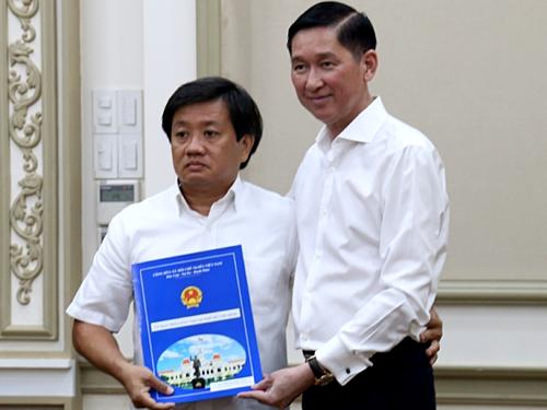 Ông Đoàn Ngọc Hải nộp đơn từ chức ngay sau khi nhận quyết định bổ nhiệm Phó tổng giám đốc Công ty Xây dựng Sài Gòn hôm 4/6. Ảnh: Hữu Công