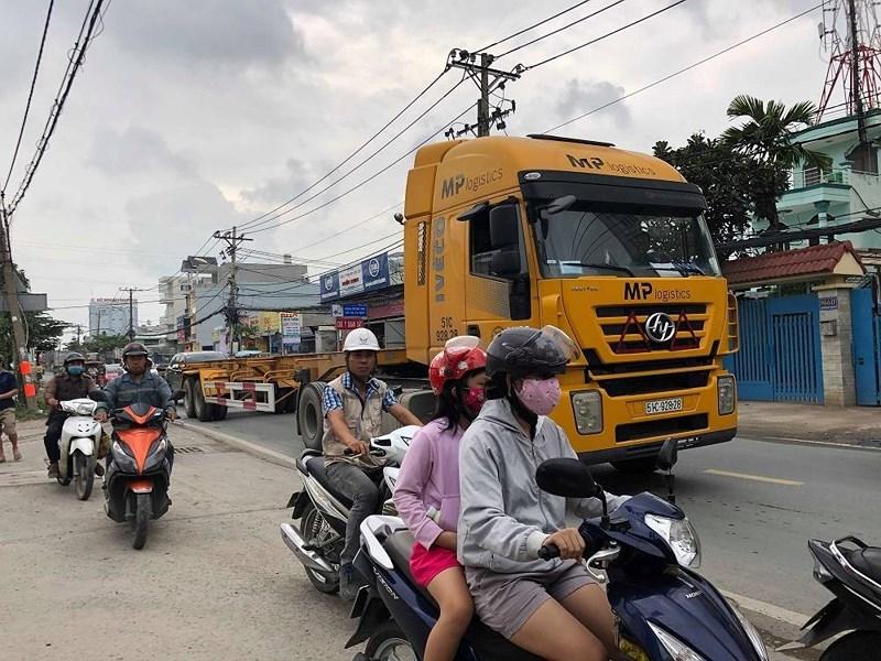 Ám ảnh tai nạn khi đi trên đường Nguyễn Duy Trinh - ảnh 3