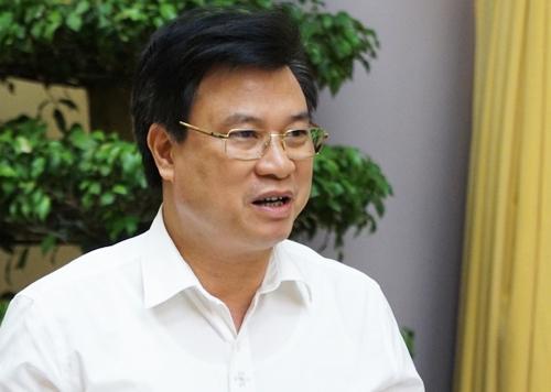 Thứ trưởng Giáo dục và Đào tạo Nguyễn Hữu Độ giới thiệu Luật Giáo dục sáng 4/7 tại Văn phòng Chủ tịch nước. Ảnh: HT