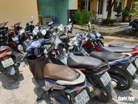 Tóm băng trộm lấy cùng một lúc 9 xe máy trong nhà trọ  - Ảnh 4.