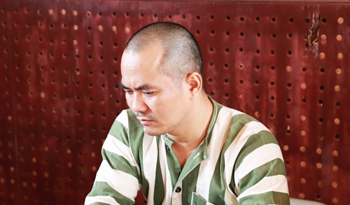 Lưu Văn Nguyện tại cơ quan công an. Ảnh: Thiện Nhân.