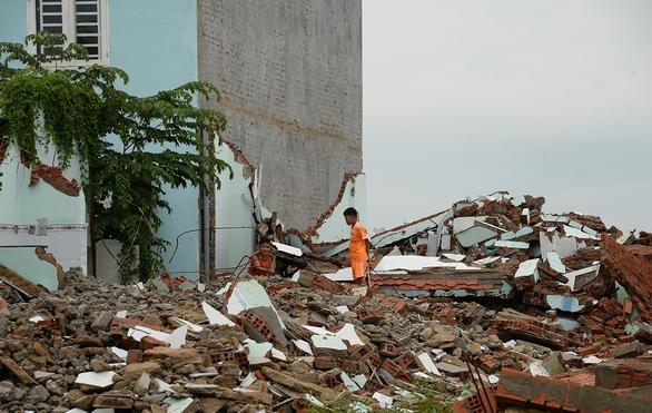 Bí thư Nguyễn Thiện Nhân: Giảm xây dựng trái phép, làm cho dân có nhà ở hợp pháp - Ảnh 1.