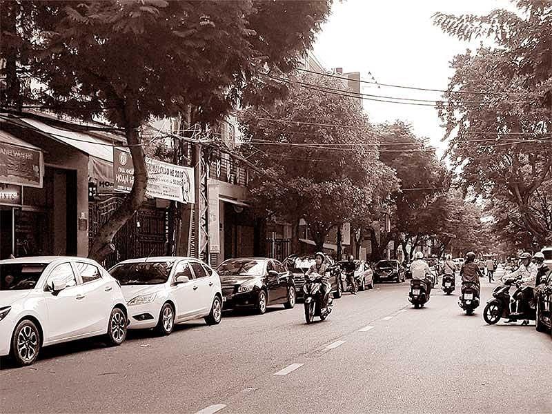 Đà Nẵng: Quy hoạch bãi đỗ xe giậm chân tại chỗ - ảnh 1