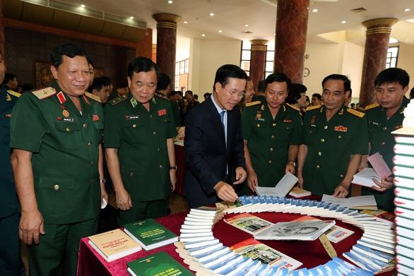 Hình ảnh 'Bộ đội Cụ Hồ' là biểu tượng cao đẹp, độc đáo riêng của quân đội Việt Nam. - Ảnh 2.