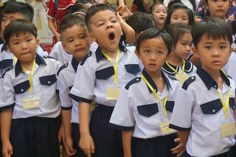 1001 cung bậc cảm xúc của học sinh lớp 1 trong ngày tựu trường - ảnh 6