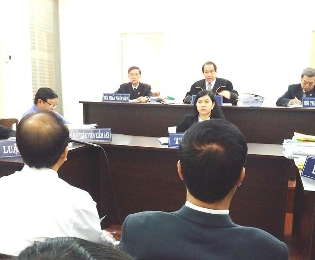 Hàng trăm nhân viên Vinasun dự khán phiên xử kiện Grab - Ảnh 1.
