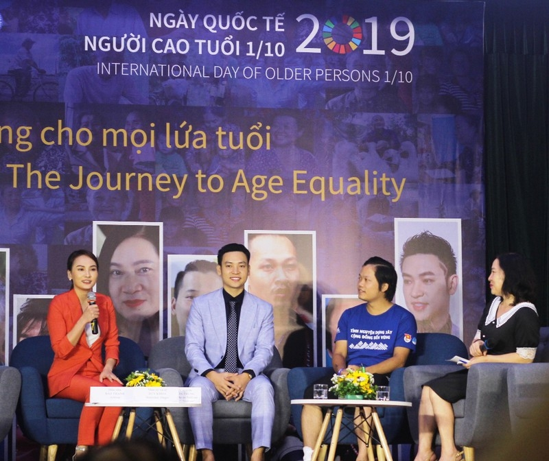 Việt Nam đang già hóa dân số nhanh nhất thế giới - ảnh 1