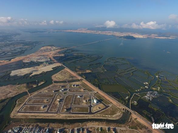 Không nhấn chìm 300.000m3 vật chất nạo vét cảng Quy Nhơn xuống biển - Ảnh 2.