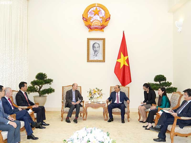 Thủ tướng Nguyễn Xuân Phúc tiếp nhà đầu tư nước ngoài - ảnh 1